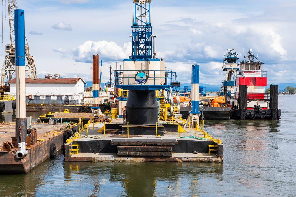 Crane Barge Vancouver Wa