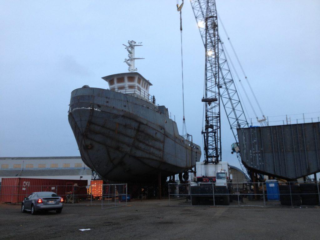 JT Marine new vessel lifting crane